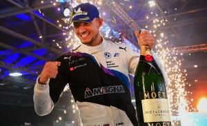 Jake Dennis seguirá con Andretti en Fórmula E pese a la marcha de BMW