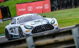 Stolz y Engel ganan la segunda carrera de la Sprint Cup en Brands Hatch