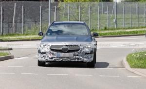 Los prototipos del nuevo Mercedes Clase C All-Terrain 2022 empiezan el destape