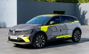 Cazado al descubierto el interior del nuevo Renault Mégane E-Tech Electric 2022