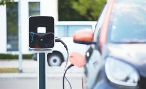Un informe de ACEA muestra la disponibilidad de cargadores eléctricos en Europa