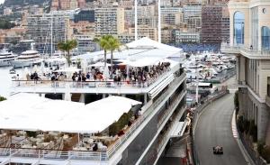 Adiós al jueves de Mónaco: en 2022 el GP pasará al formato convencional