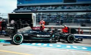 Bottas se lleva los primeros libres en 'su' circuito