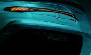 Nuevo adelanto del Mercedes EQE 2022, esta vez el diseño trasero