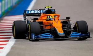 Norris asume (a medias) la culpa tras perder su primera victoria en F1