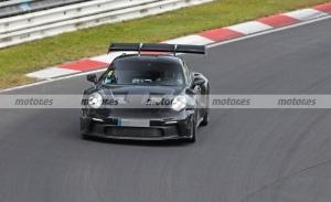 El nuevo Porsche 911 GT3 RS 2022 llega a Nürburgring con más detalles a la vista