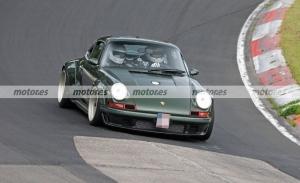 El nuevo Porsche 911 DLS Project de Singer, cazado en fotos espía en Nürburgring