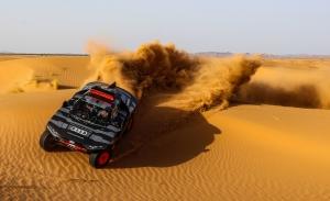 Primer gran test del Audi RS Q e-tron en el desierto de Marruecos