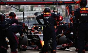 Los reyes del pit stop se desmoronan: ¿qué ocurre en Red Bull?