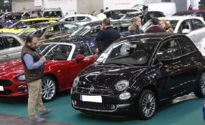 Las ventas de coches de ocasión en España moderan su caída en agosto de 2021