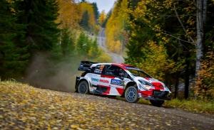 Elfyn Evans gana ventaja sobre Ott Tänak en el Rally de Finlandia