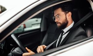 7 hábitos con el coche que te hacen perder dinero a diario