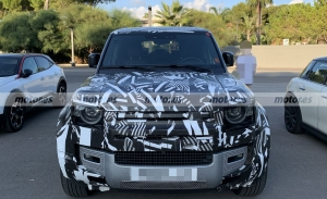 Al descubierto el interior del Land Rover Defender 130 2022 en estas fotos espía