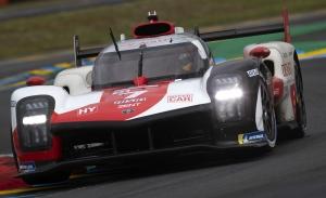 Los pilotos de Toyota Gazoo Racing se juegan el título del WEC en Bahrein