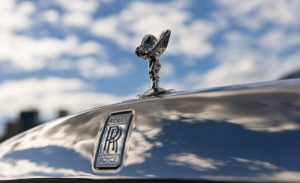 El CEO de Rolls-Royce anuncia nuevo récord de ventas en 2021, con el Ghost agotado