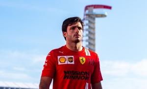 Sainz cree que Ferrari dará un paso atrás en Austin: «Esperemos estar cerca de McLaren»