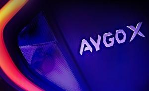 Primer adelanto oficial del nuevo Toyota Aygo X 2022, el nuevo urbano japonés