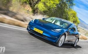 Europa - Septiembre 2021: El Tesla Model 3 hace historia con una gran victoria