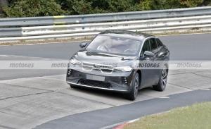 El nuevo Volkswagen ID.5 GTX 2022, cazado en fotos espía en Nürburgring
