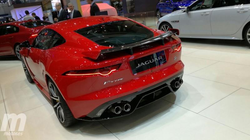 Jaguar F-Type SVR 2018 - posterior