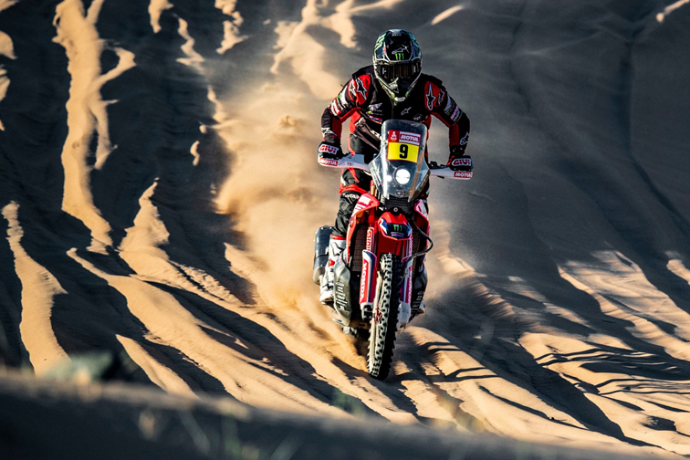 Ricky Brabec conquista su primer Dakar en motos junto a Honda