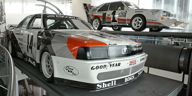 Audi 90 IMSA junto al Audi Quattro de Grupo B
